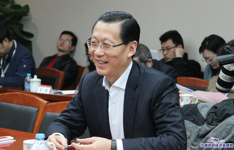 全国人大代表,江苏金昇实业股份有限公司董事长潘雪平