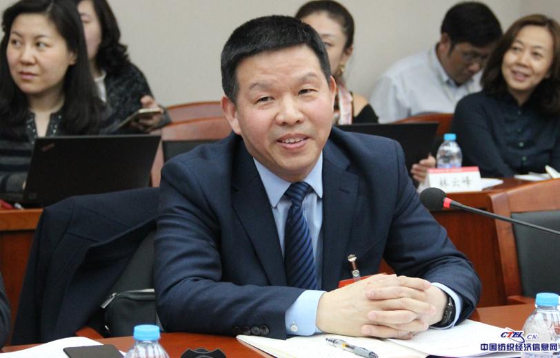 全国人大代表,湖北天门纺织机械股份有限公司董事长沈方勇